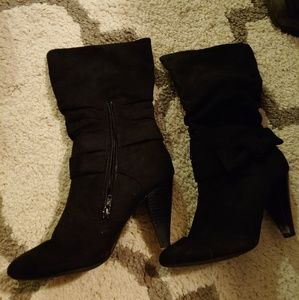 Mid calf suede boots
